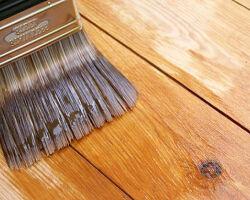 Как выполняется грунтовка для дерева под покраску