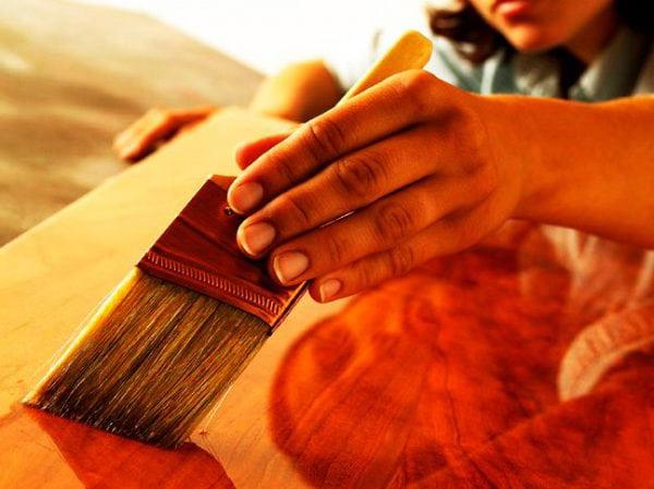 Лак для покрытия акриловых красок