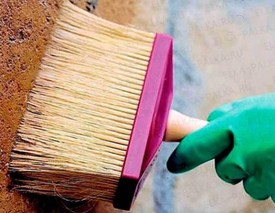 Удаление пыли с поверхности перед грунтовкой